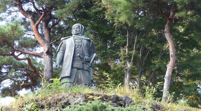 新潟県・春日山城跡の上杉謙信像